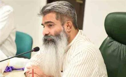 September 30, 2019 07:06 PM CHANDIGARH: Food and Supplies Minister Bharat Bhushan Ashu on Monday said that preparations are in place for paddy procurement from October 1. This effort is in line with the CM's commitment to procure the grains from farmers in a smooth and efficient manner. Ashu said that all arrangements had been made so that no farmer faces any hardship this season. For this purpose, 1734 Purchase Centers have been assigned amongst the procuring agencies. As can be seen the recently released Paddy Policy, Ashu said that technology had helped create solutions and these solutions are being used to bring about transparency and correct problems. Mandis are being linked to mills using GPS mapping technology to avoid extra transportation cost. Cash Credit Limit (CCL) will be set up before the start of paddy arrival. He said as per Agriculture Department report, area under cultivation was 29.20 Lakh hectares and state was expecting procurement of 165 Lakh Metric Tonnes besides arrangement of tarpaulins, gunny bags, stock and storage space finalized. Arrangements for procurement of 170 LMT paddy had been finalized, he said. Strict instructions had also been issued to ensure timely payment to farmers, the Minister added. For online registration and allotment of mills, a new online portal has been launched where applications and payments for release of paddy will be smoothly conducted. To prevent recycling of PDS rice, penal provisions have been introduced under Essential Commodity Act. Grievance redressal Committee are set up and continuous power supply will be ensured. The Minister appealed to farmers to paddy within specifications to complement state's efforts in ensuring a hassle free experience.: Sikh Daily