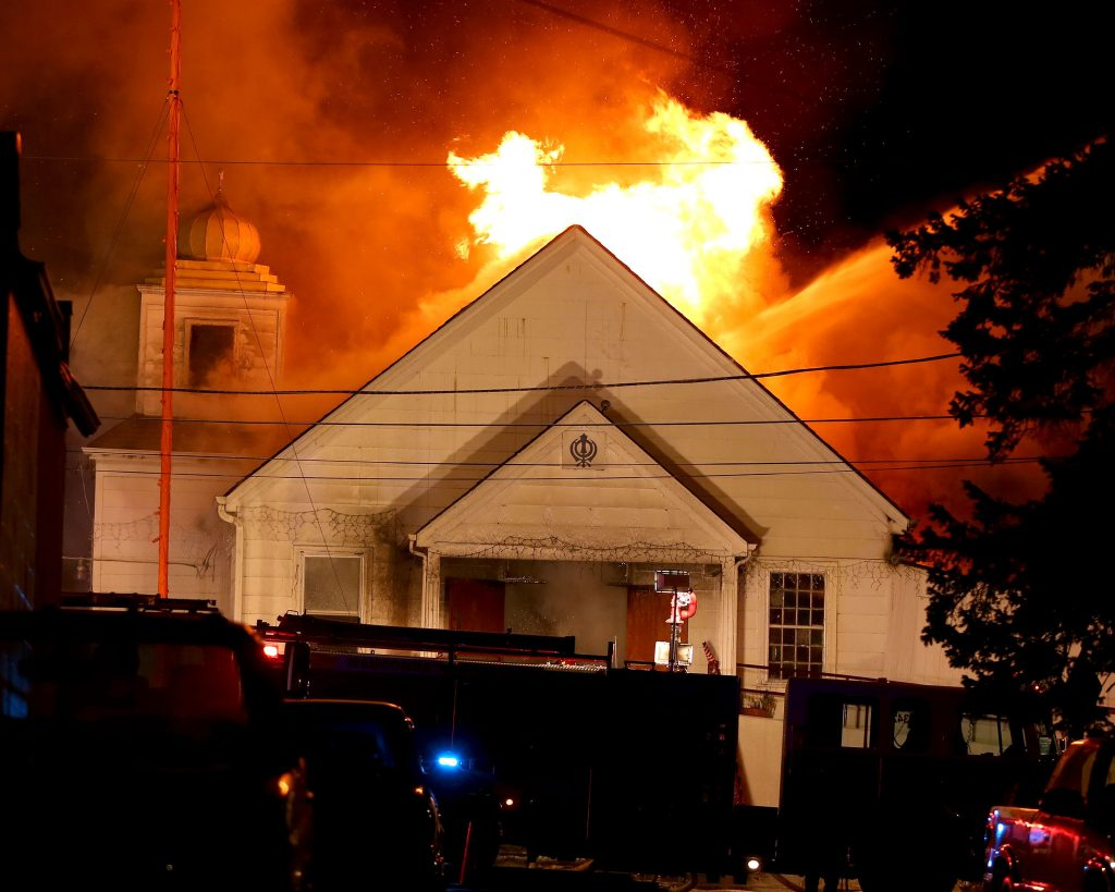 Man behind fires at mosque and Sikh temple in Leeds, arrested: Sikh Daily